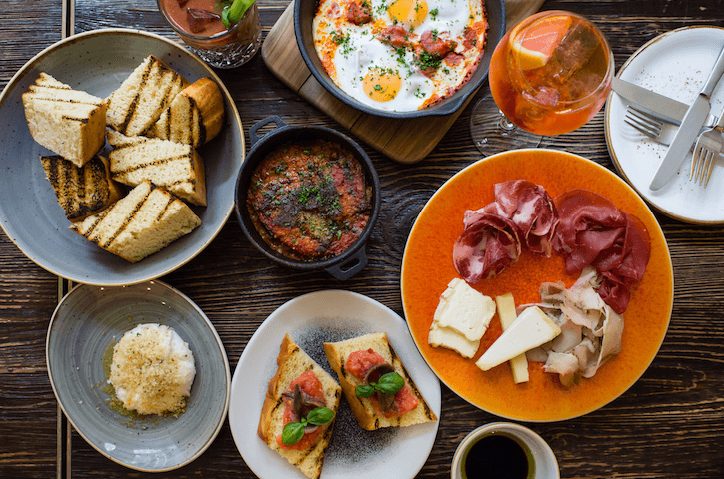 Best Bottomless Brunch London | Book Brunch | Apero at the Ampersand Hotel