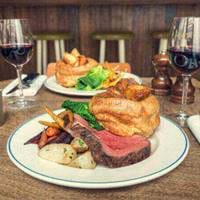 Sunday Roast at Foxlow Balham