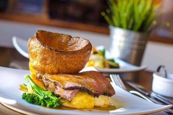 Sunday Roast at The Monro