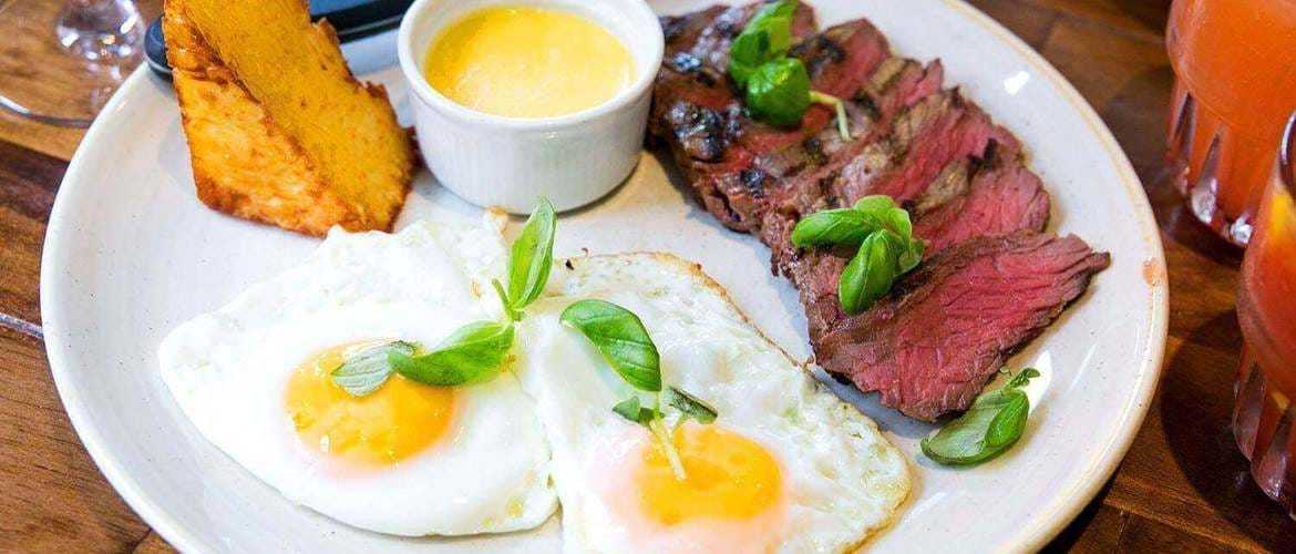 Steak and Eggs at The Pen and Pencil