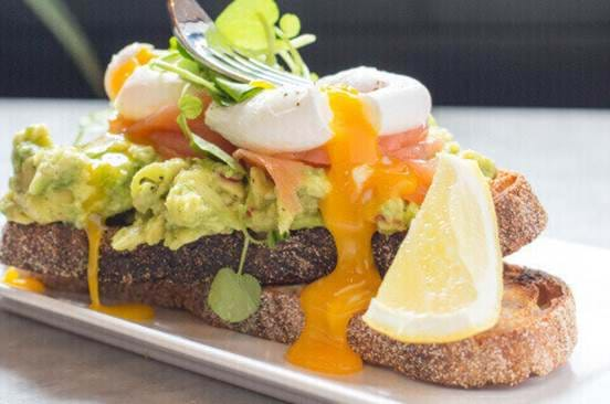 Smashed Avo, Eggs and Salmon Breakfast at Rosylee