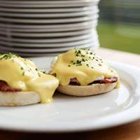 Eggs Benedict at Tymperley's