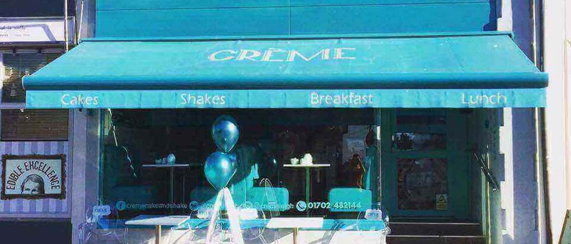 Exterior of Creme Cakes and Shakes