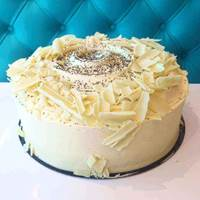 Lemon and White Chocolate Cake at Creme Cakes and Shakes
