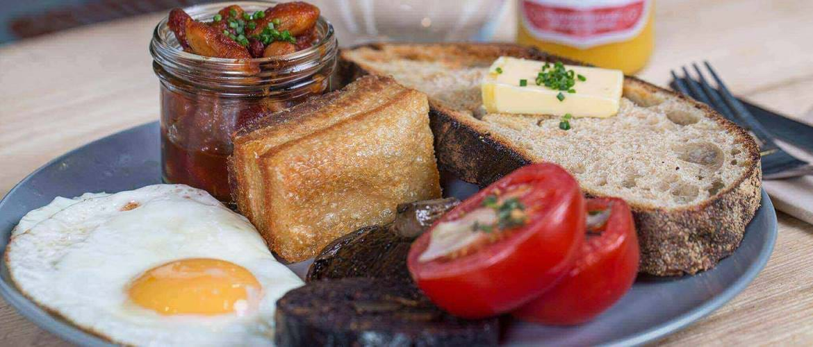 Full English Breakfast at Olive & Rye