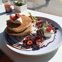 Pancakes at Cafe Strange Brew