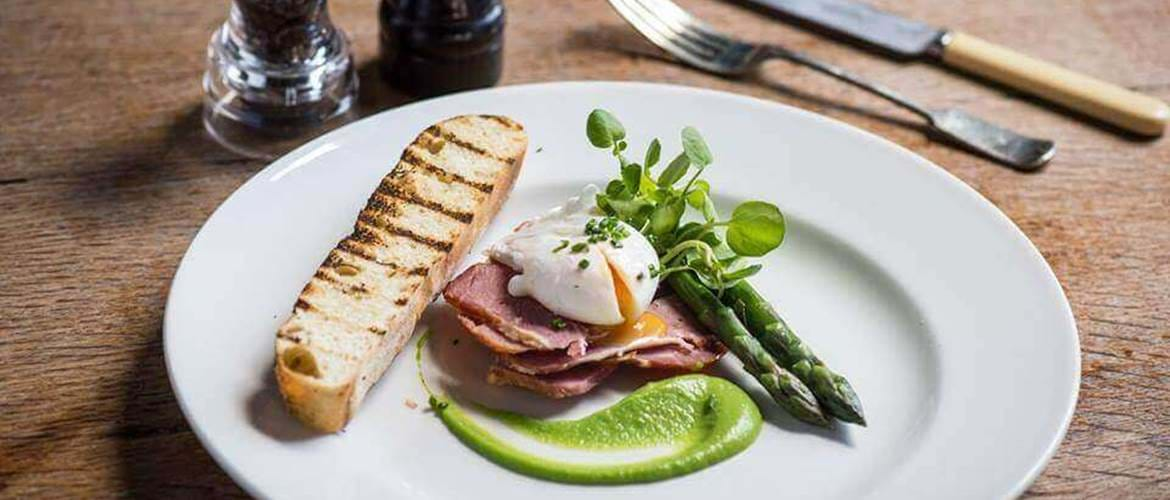 Ham and Asparagus at The Hockley