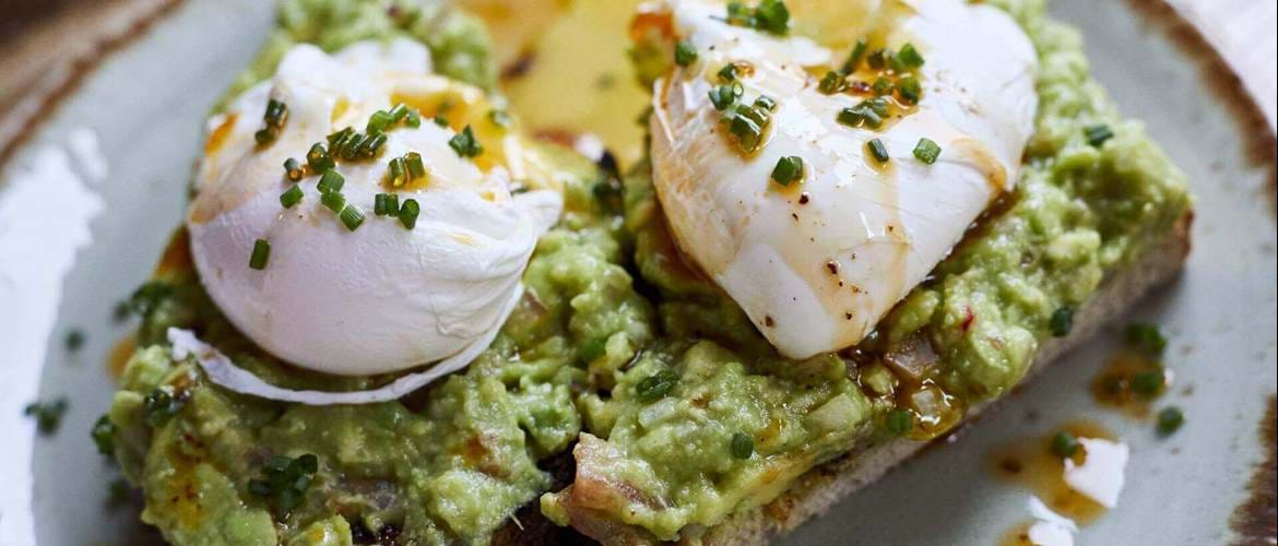 Poached Eggs and Avocado at The Hydrant