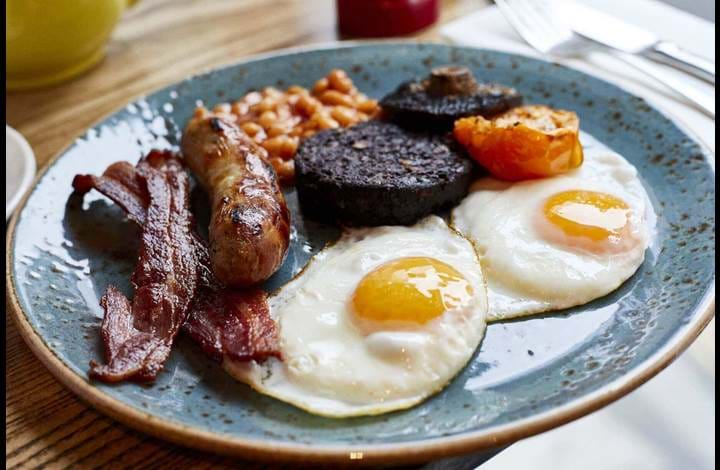 Full English Breakfast at The Hydrant