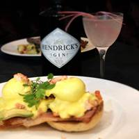 Eggs Benedict at Balans Soho Society