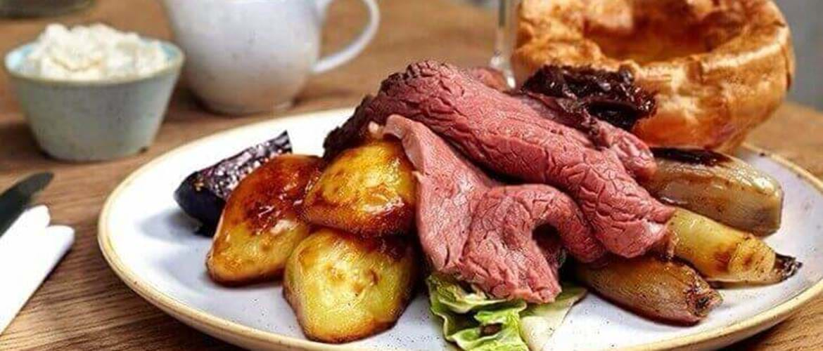 Sunday Roast at The Grocer