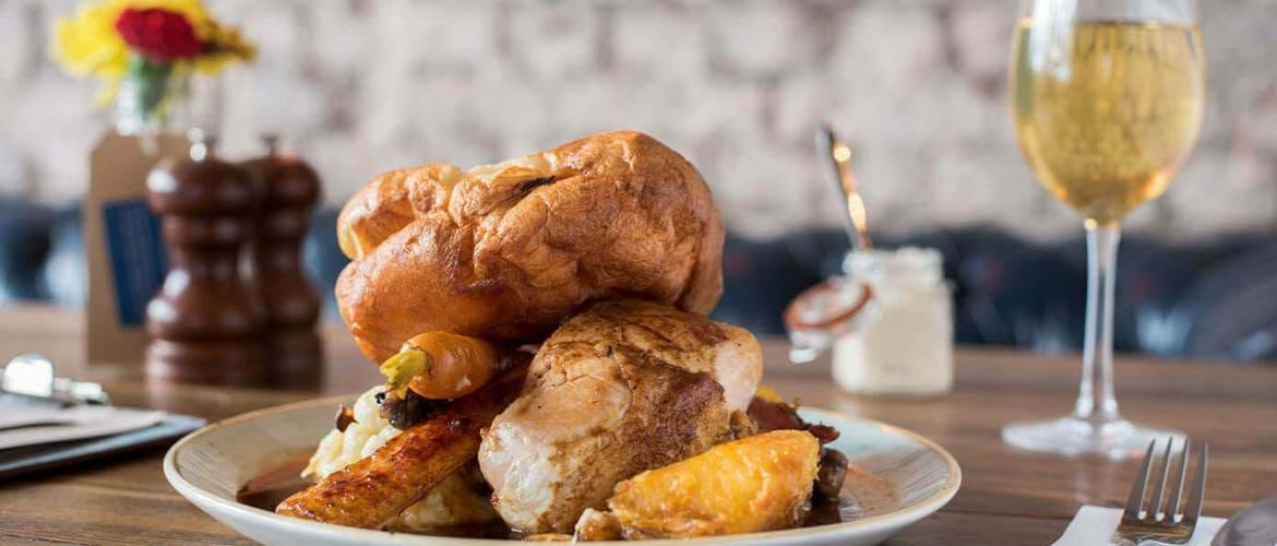 Sunday Roast at The Mere Scribbler
