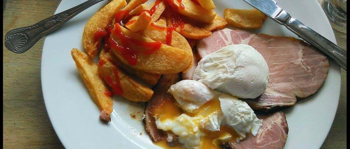 Ham, Egg and Chips at The Clarendon Arms - Cambridge
