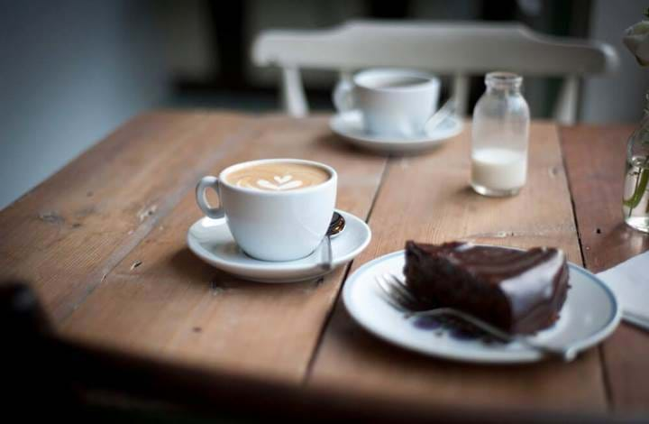 Coffee and cake at Applaud Coffee, Ispwich