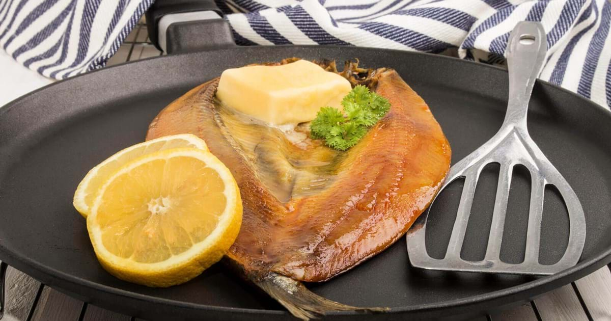 Hot Tea Smoked Trout With New Potato Rocket Salad Recipe Bbc Good Food Recipes Recipes Smoked Barbecue Recipes