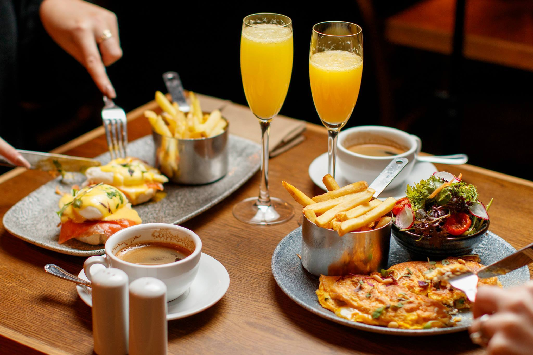 Best Bottomless Boozy Brunch - Dublin. Brasserie Sixty6