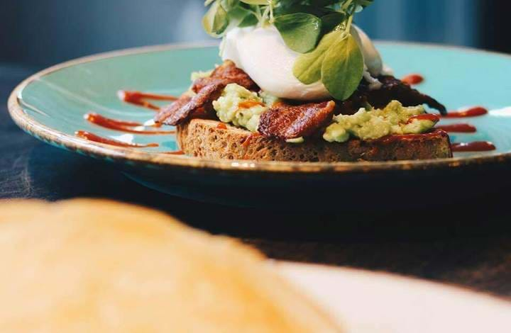 Avo Toast at Be More Bear