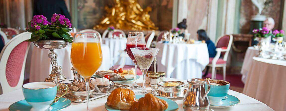 The Ritz, St James, Park Lane, Luxury Brunch, Luxury Breakfast, Brunch in Mayfair, 5* Hotel